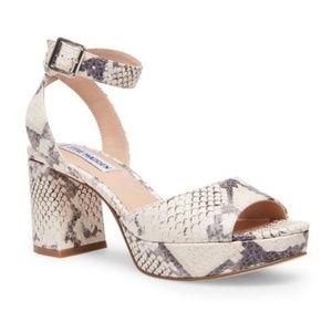 """*SIZE 11* STEVE MADDEN """"Haven"""" Platform Sandals"""